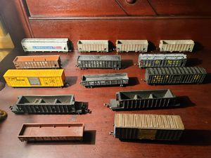 Photo Assorted N scale model railroad freight train cars with weathered finish $35