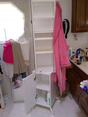 Tall bathroom tower rotating mirror and hooks for Sale in Fort Belvoir, VA