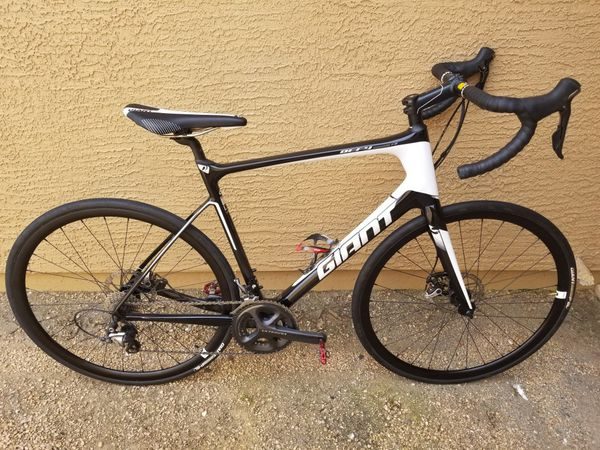 ac175ace94b Giant defy Advanced 1 for Sale in Glendale, AZ - OfferUp