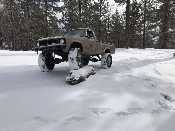 4x4 toyota pickup parts