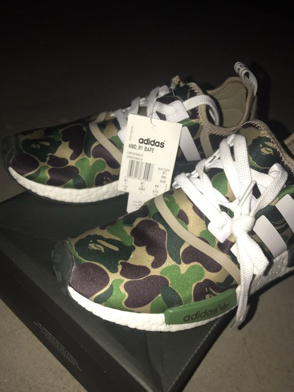 more photos fbb88 7bc9c Bape nmd r1 for Sale in Phoenix, AZ - OfferUp