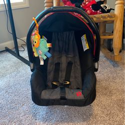 Baby Trend car seat with base Thumbnail