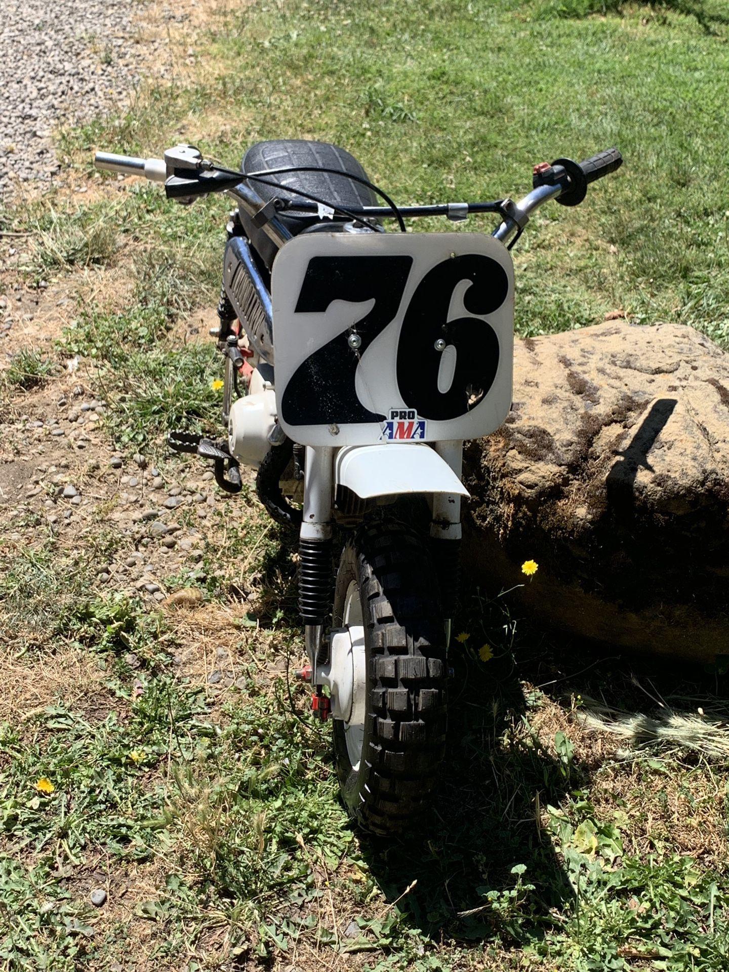 Photo 76 Honda Z50 Mini Trail Bike
