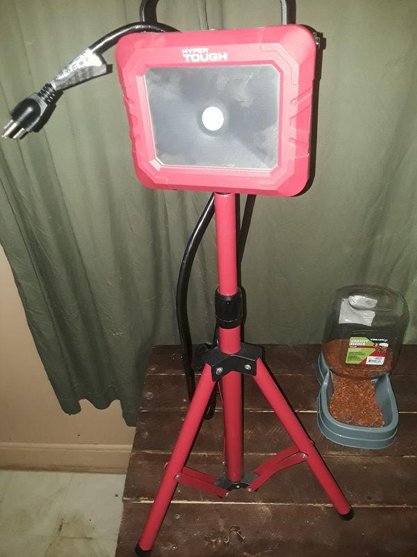 Hyper tough led shop light for Sale in Ennis, TX - OfferUp