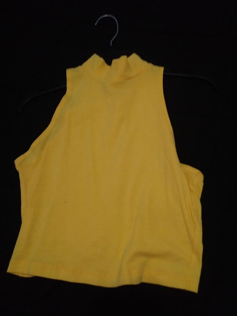 Womens clothes medium and large