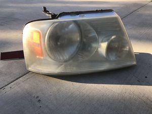 2004-2008 Ford F-150 Passengers Headlight OEM for Sale in Jurupa Valley, CA