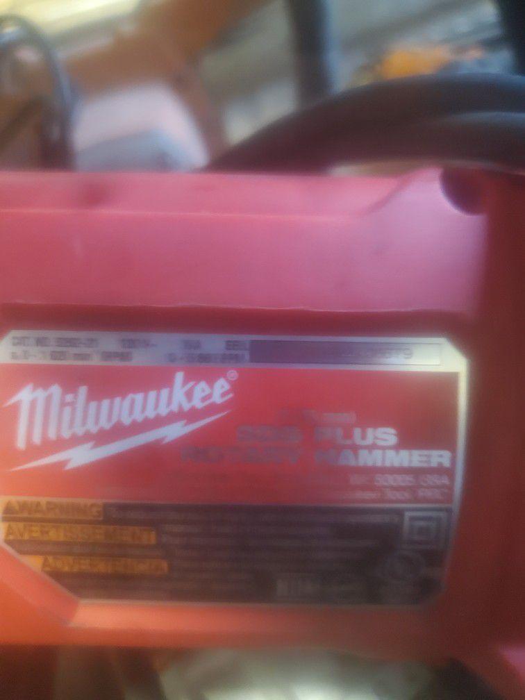 Milwaukee Rotary Hammer Drill