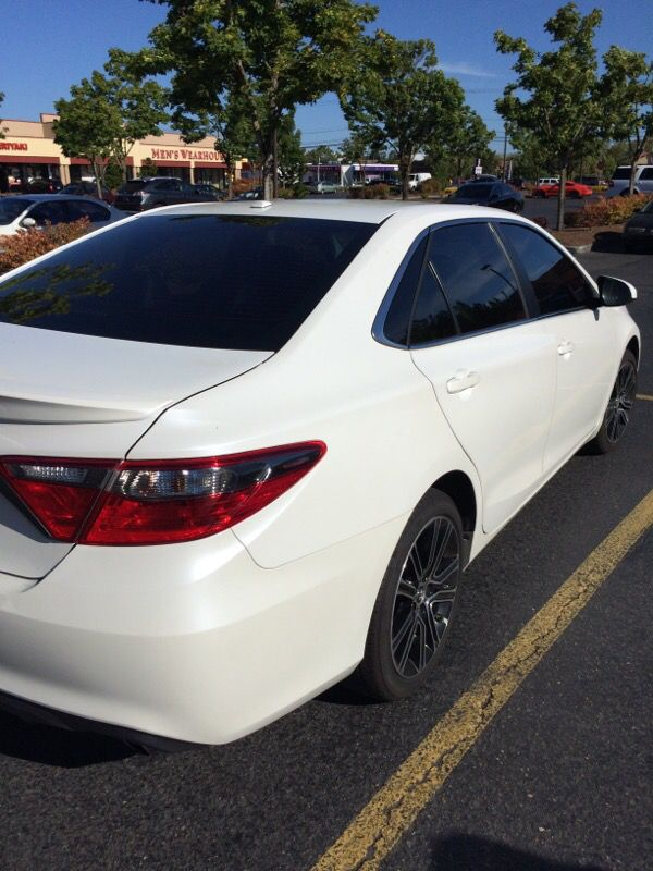 2016 Toyota Camry Se Special Edition Pearl White Black Blue Interior 27k Miles Moving