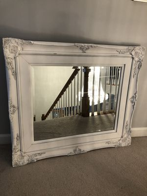 """42""""X36""""Large Antique Vintage White Distressed Wood Mirror for Sale in Nokesville, VA"""