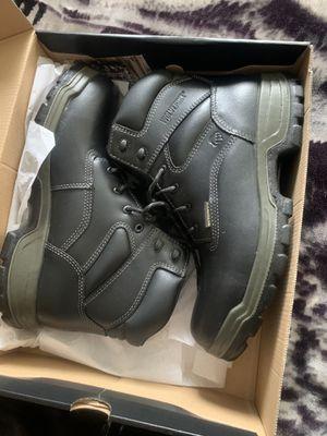 Photo New Wolverine work boots