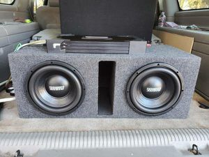 Photo Insane setup 2 10 Sundown Audio Subs in ported box and 4500watt amp