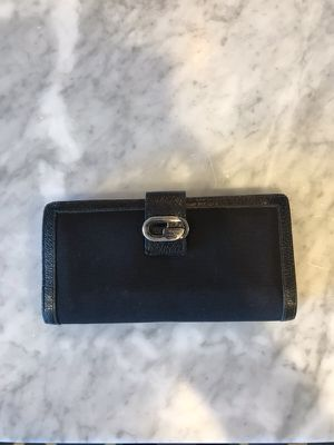 55c06e8db3c New and Used Gucci wallet for Sale in Bothell