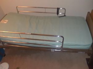Multifuntionaly hospital bed (invacare) for Sale in Fort Belvoir, VA