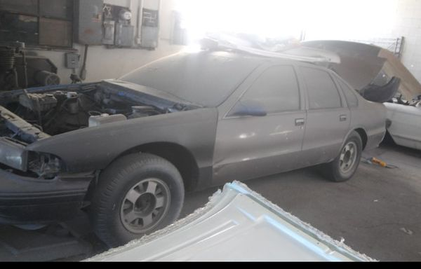 Chevrolet caprice 1995 impala body shell clean for Sale in Los Angeles, CA  - OfferUp
