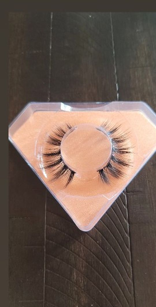 Lashes Available
