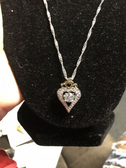 Women's pendants Thumbnail