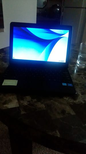 black screen computer monitor barely used,Samsung with charger for Sale in Lexington Park, MD