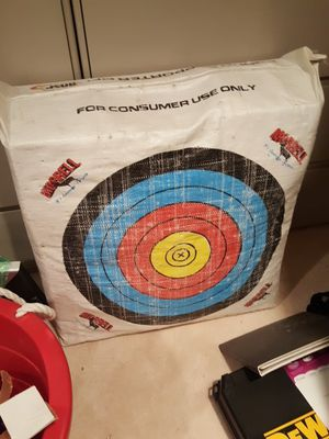 BOW & ARROW FULL SET for Sale in Germantown, MD