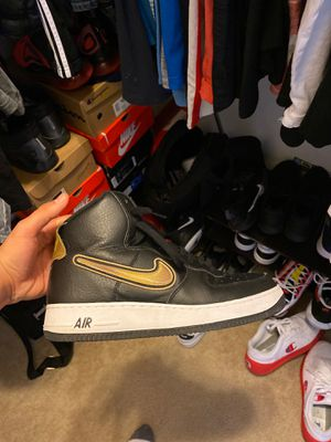 Photo Air force 1 black and gold size 10 slightly used