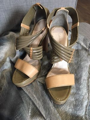 CK shoes stylish and easy to walk size 6 for Sale in Houston, TX