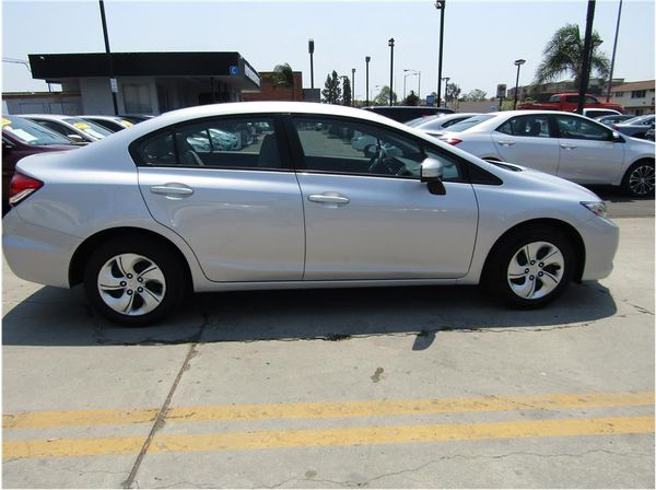 2015 Honda Civic! Great Has Saver! for Sale in Escondido, CA - OfferUp