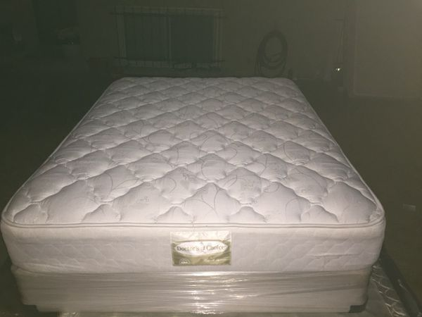 Beautiful Queen Size Denver Mattress Company Doctors Choice Monarch Supreme Edition Bed Set In Perfect Condition Never Been A Home Floor Mod