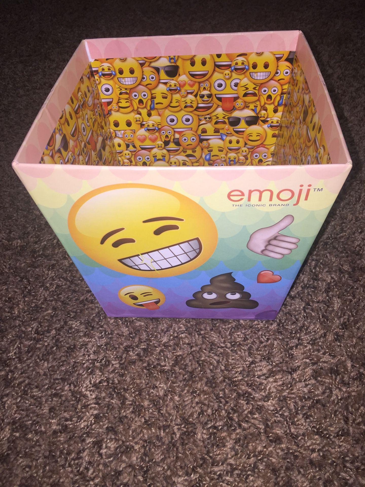 Emoji basket