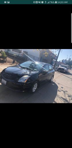 2012 Nissan Sentra Thumbnail