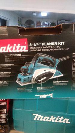 "Brand new Makita 3-1/4"" Planer Kit with Storage Box Thumbnail"