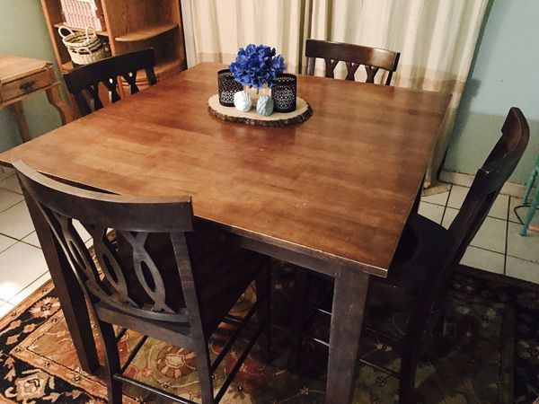 All wooden dining room table (Furniture) in Miami, FL - OfferUp