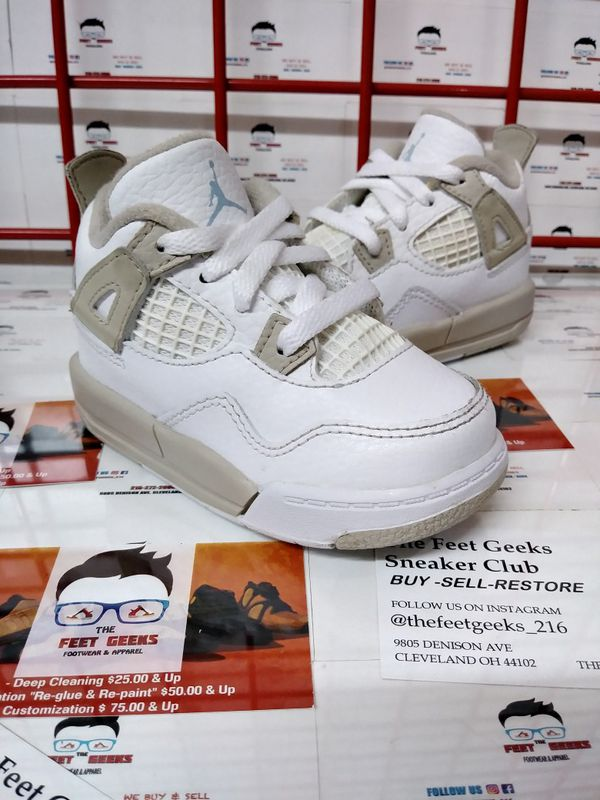 289ed281dd8ebc Nike Air Jordan 4 Retro Baby Shoes Size 5c for Sale in Cleveland