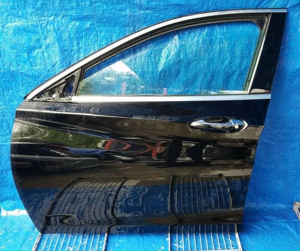 2017-2019 INFINITI QX30 FRONT LEFT DRIVER SIDE DOOR