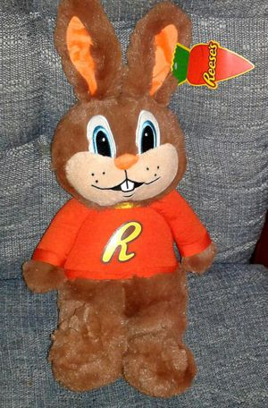 "REESE'S CANDY Reester Rabbit Plush Doll (16"") NEW for Sale in Silver Spring, MD"