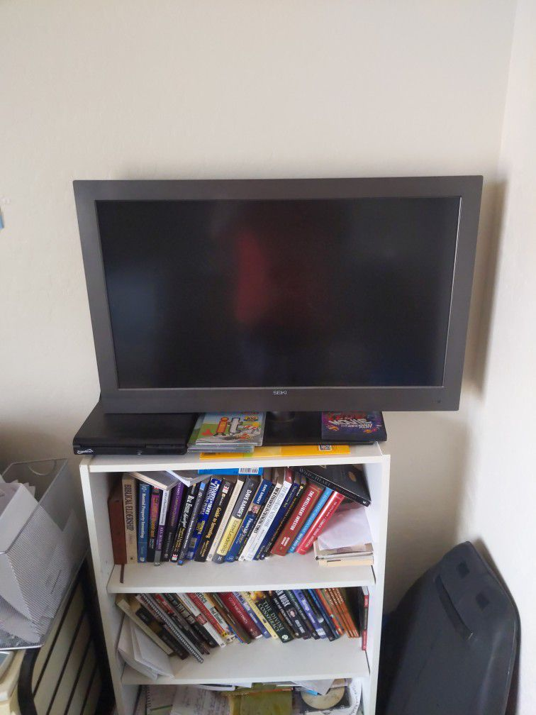 32' Tv Seiki ( Non Smart Tv)