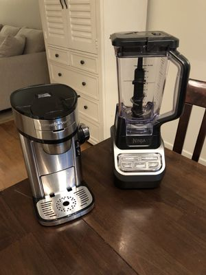 Ninja Professional 1000 3-Speed Blender and Hamilton Beach Scoop Single Serve Coffee Maker for Sale in Portland, OR