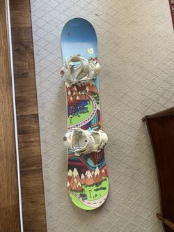 Girl's Burton Chicklet Snowboard 130 (FREE boots with purchase) Thumbnail