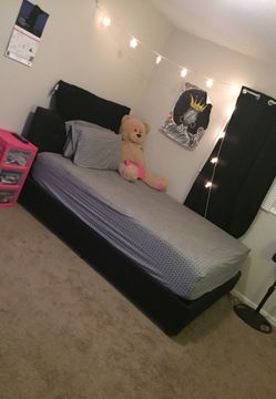 Upholstered Platform Bed (BLACK) Thumbnail