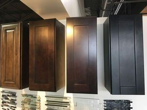 Full cabinet kitchen install for Sale in Pembroke Pines, FL