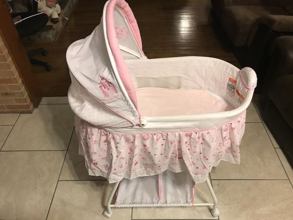 moises baby crib for girl for sale in dallas tx offerup