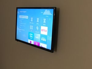 "32"" Sharp Smart Roku TV for Sale in Hyattsville, MD"