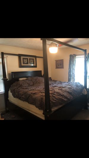 New and Used Mirrored furniture for Sale in Lexington, KY ...