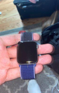 Apple Watch Series 5 44mm Aluminum Space   Thumbnail
