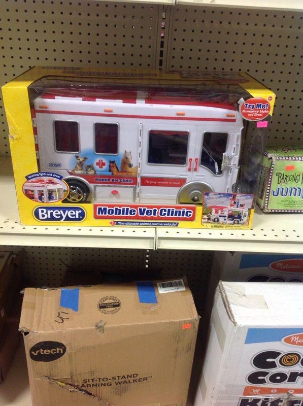 Breyer mobile vet clinic rescue vehicle for Sale in Seminole, FL - OfferUp
