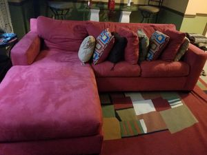 King Sleeper Sofa for Sale in Fort Belvoir, VA
