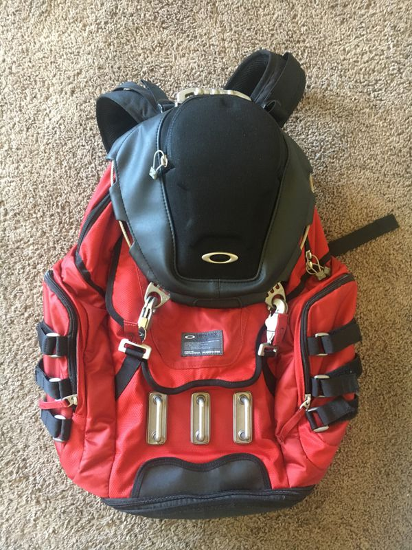 Oakley Tactical Backpack Kitchen Sink For Sale In Olympia