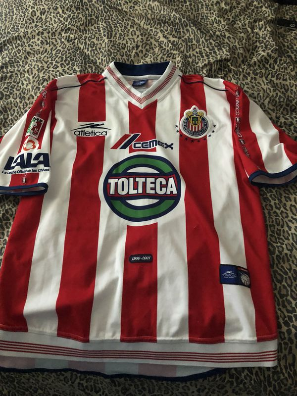83230eccf Chivas jersey size is xl looks like new for the age this is a collectors  item for Sale in Perris