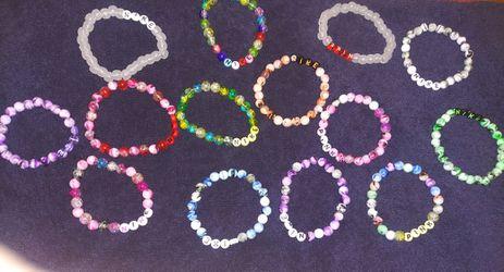 Nike. Pink. Bracelets Thumbnail