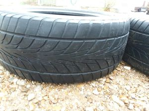 225 45 r17 like new racing low profile tires, used for sale  Arkansas City, KS