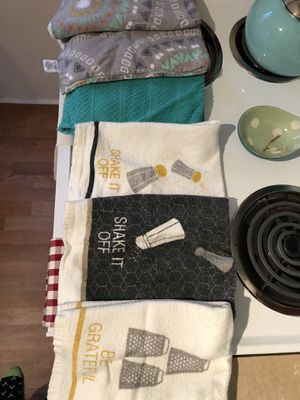 Kitchen towels for Sale in Hillsborough, NC