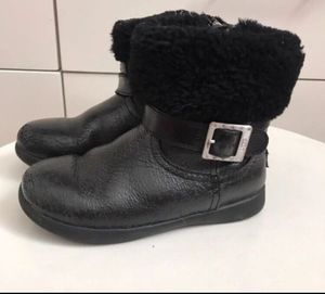 ea283caa9a3 New and Used Toddler ugg boots for Sale in Milwaukie, OR - OfferUp